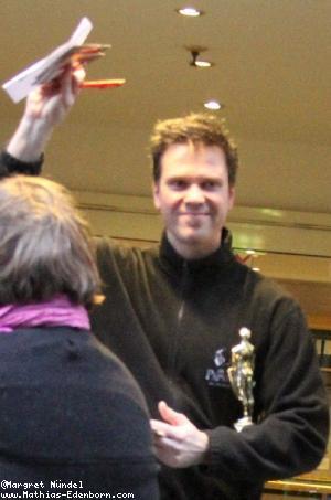 Mathias Edenborn mit Oscar in der Bühnentür