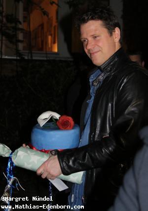 Mathias mit Torte