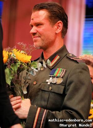 Mathias Edenborn beim Schlussapplaus