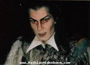 Mathias als Vampir
